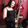 Bassist Jen