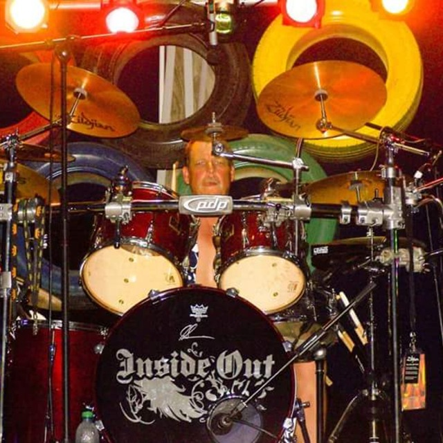 Drummer-Jeff Sanders