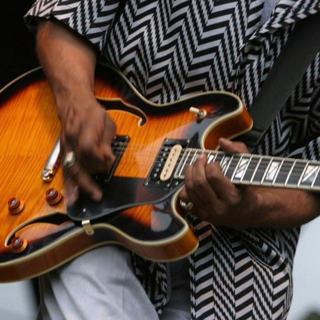 Greasy guitars