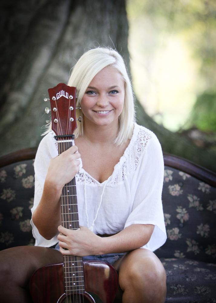Livi Musician In Mount Vernon Oh Bandmix Com