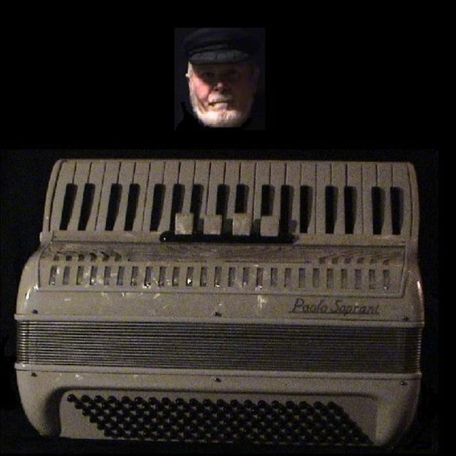 accordion1085787