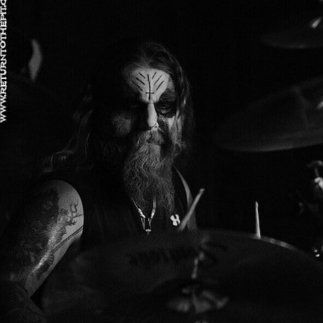 Drummer seeking metal band