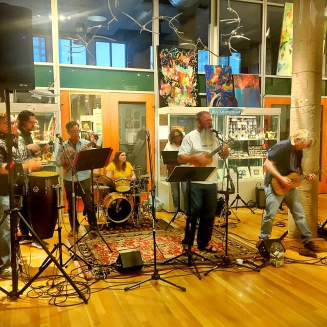Dogtown Ukulele Band