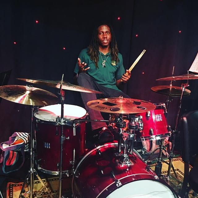 Chris aka DrummerBoySlinky