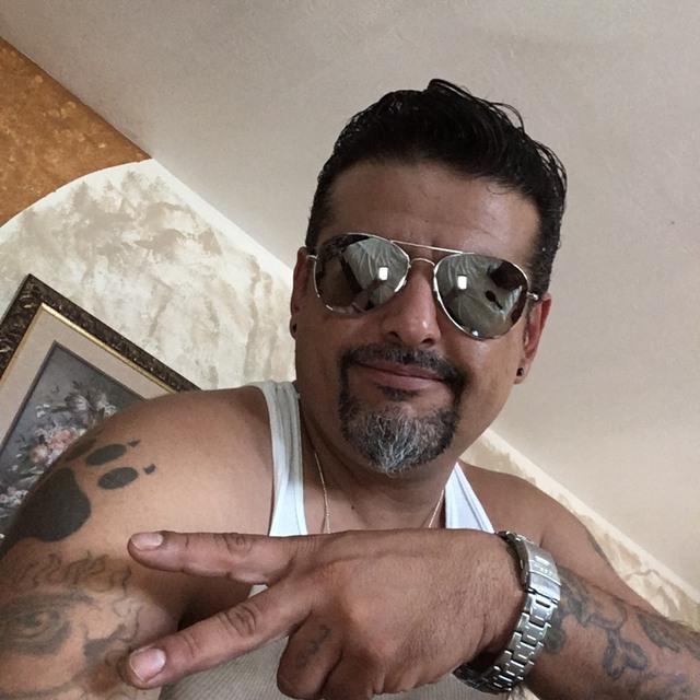 Manuel vocalist