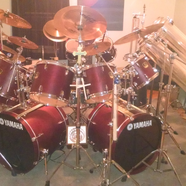 Drummer-ESTABLISHED Band WANTED