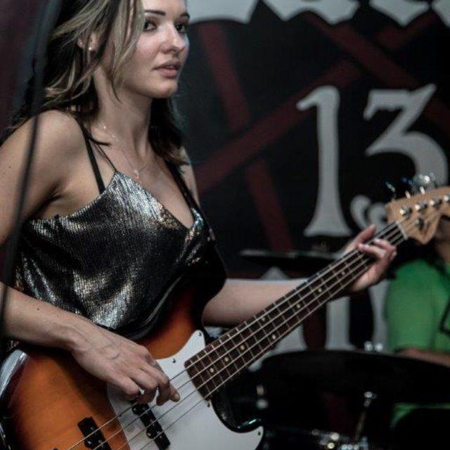 Marie_on_bass