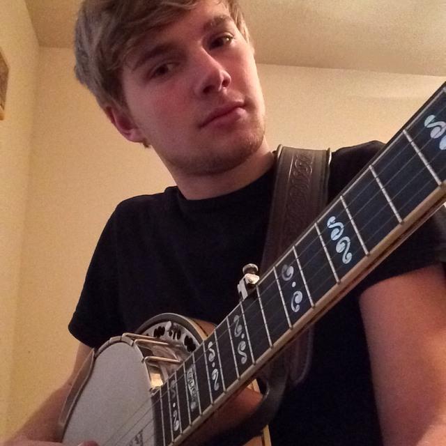 Holden Bass Banjo Guitar