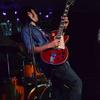 steven_guitar