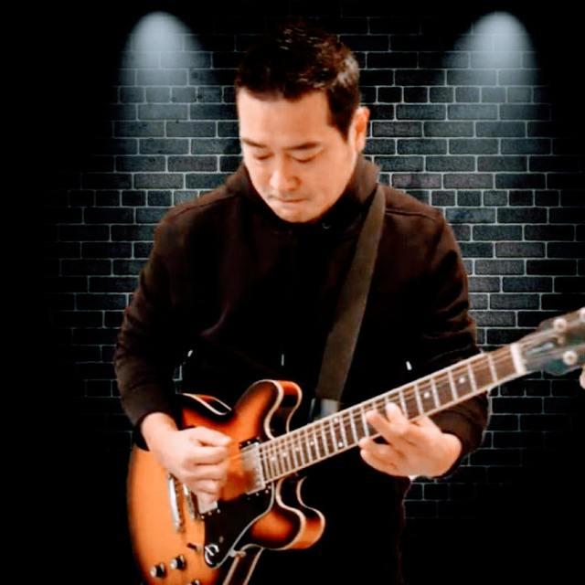 Jun-guitar