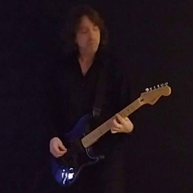 Chris Lead Guitar