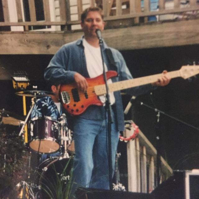 Bart Becker
