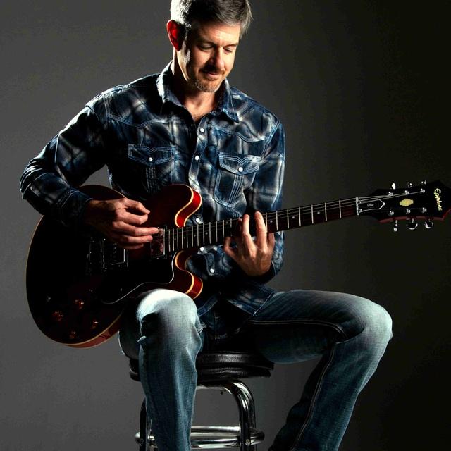 peter_guitars_now