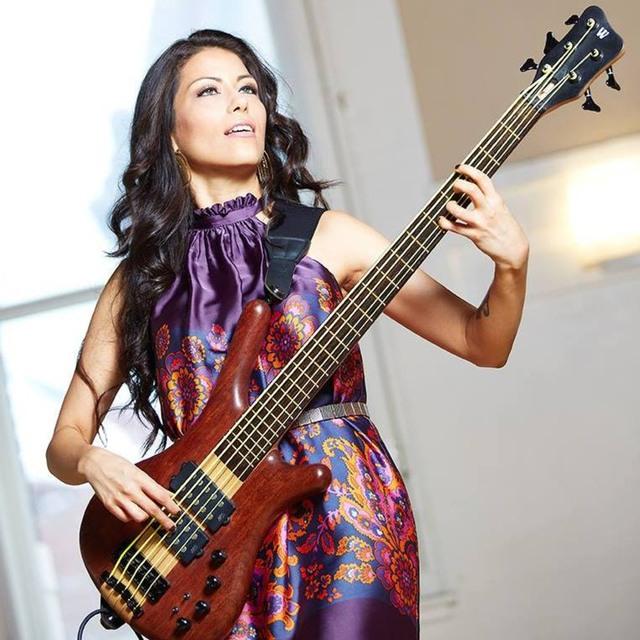 Esther Rojas