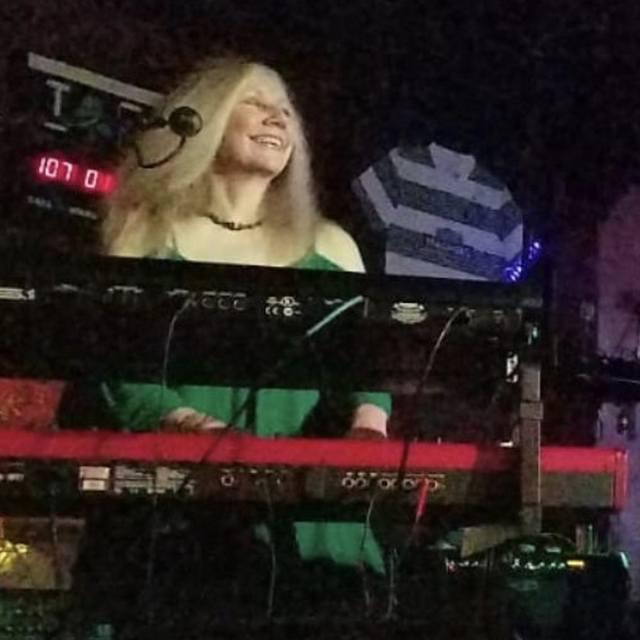 Mandy Keez