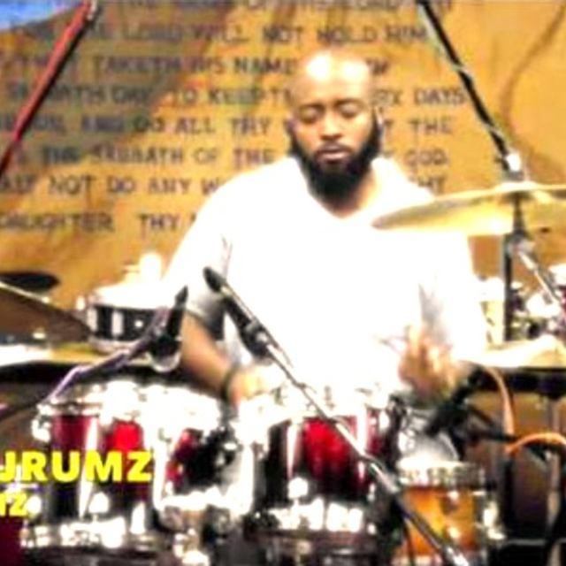 Kevin  Jrumz