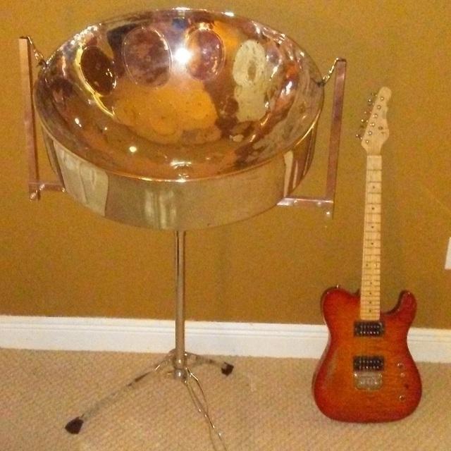 Steel Drum - Guitarist