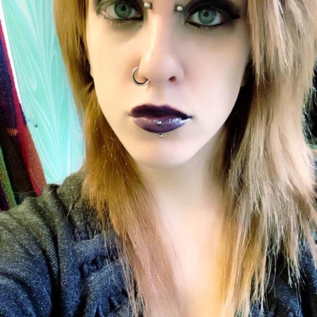Metalgirl_