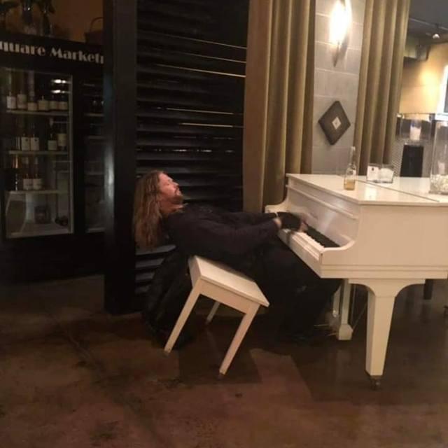 Lobbybar-pianist