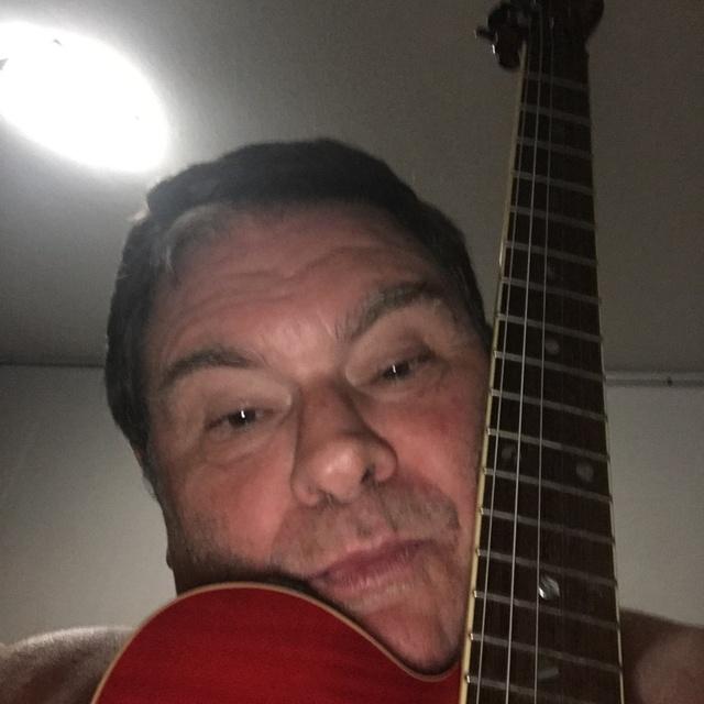 Guitarist729