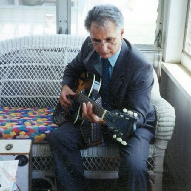 guitarmanpug