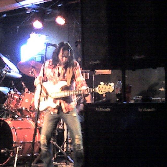 Don 4 Bass