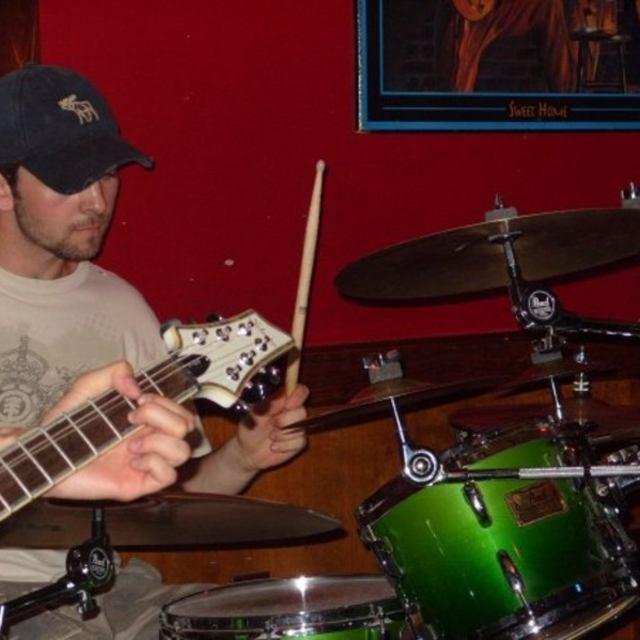 Derek-drummer