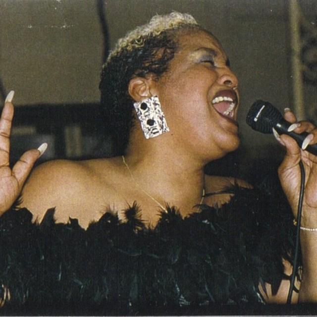Jav'Lyn Sings