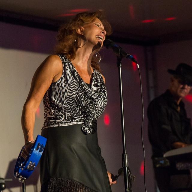 Susanne Sings