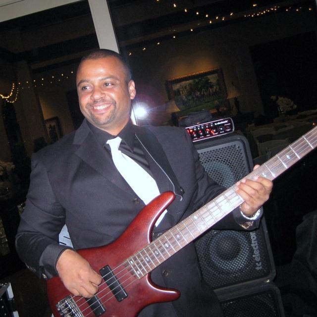 DeLuca Bass