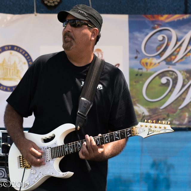guitarslinger2