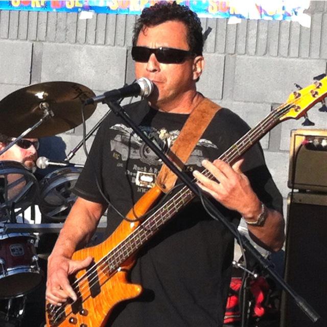 Freddy Bass