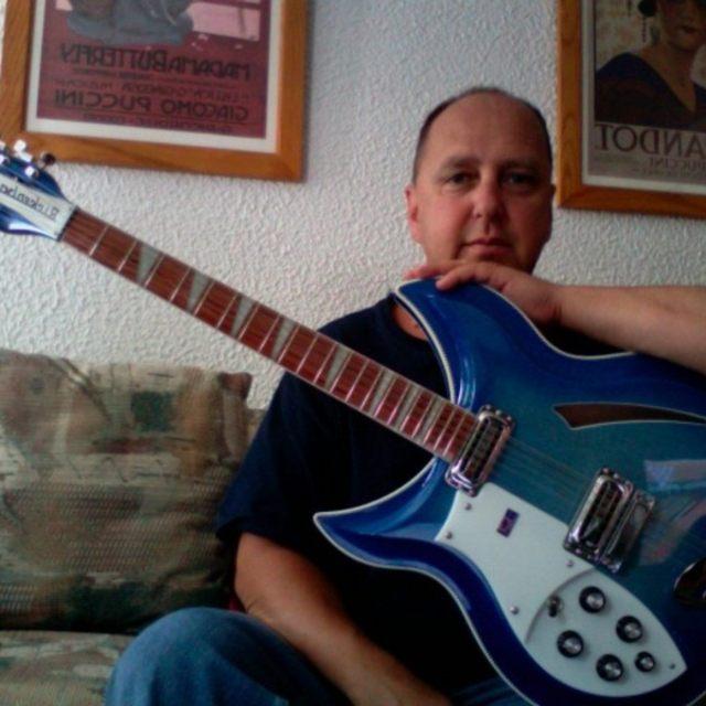 NOS Guitarist