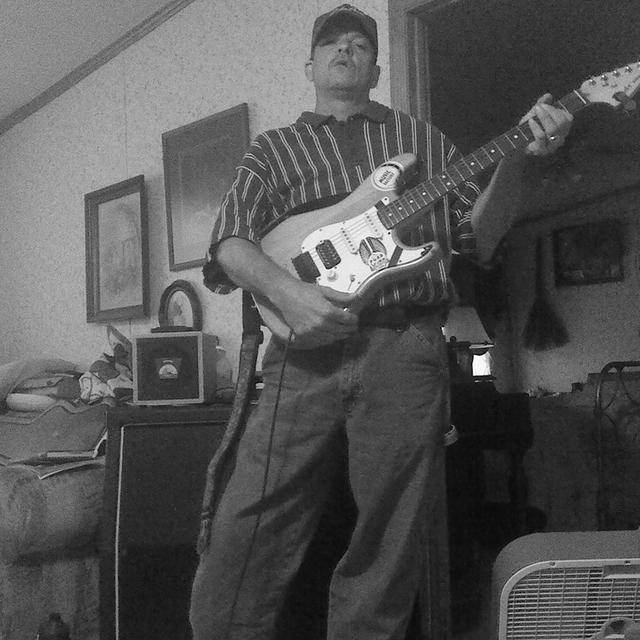 GuitarMike1972