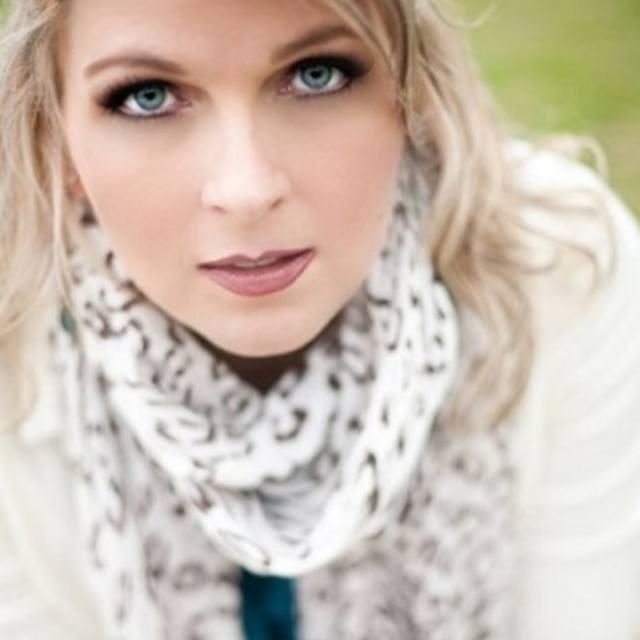 Tiffany Carlen, Singer/Songwriter