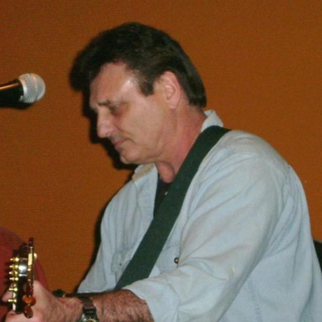 Stu Huggens