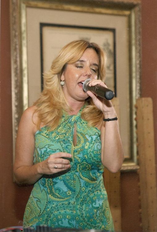 Susan-singer For Hire - Musician In Jupiter Fl