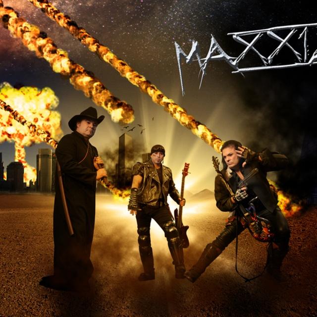 MAXX12