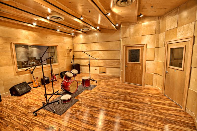 Audiomaxx studios recording studio in cherry hill nj for Recording studio live room design