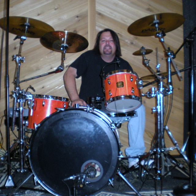 Fred Moore 3 on drums
