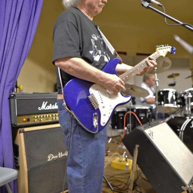 Jim lead guitarist songwriter