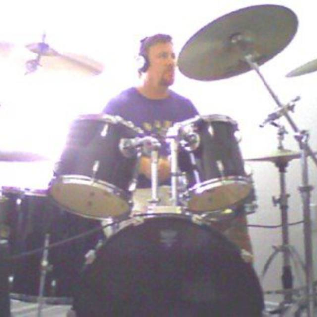 PRO DRUMMER - AVAILABLE GIG READY