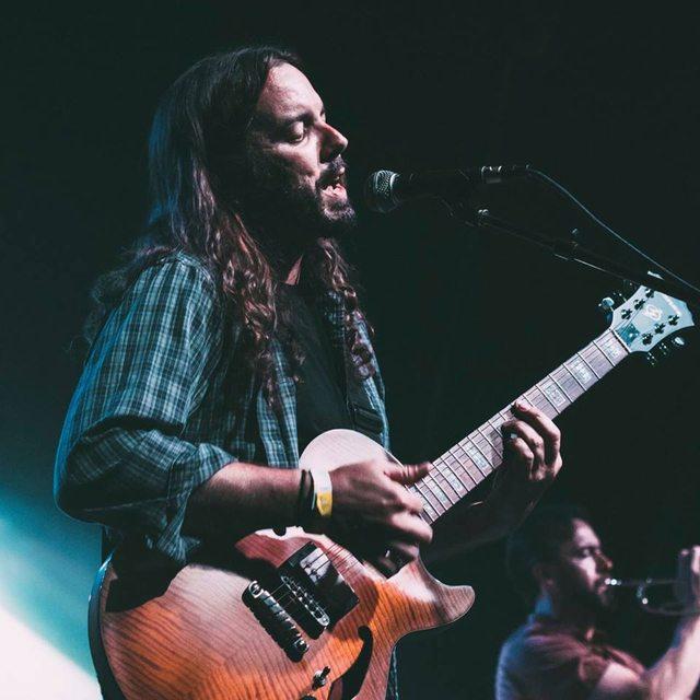 dale-guitar