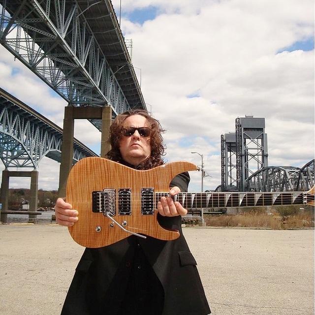 BillyV Lead Guitars & Show Producer