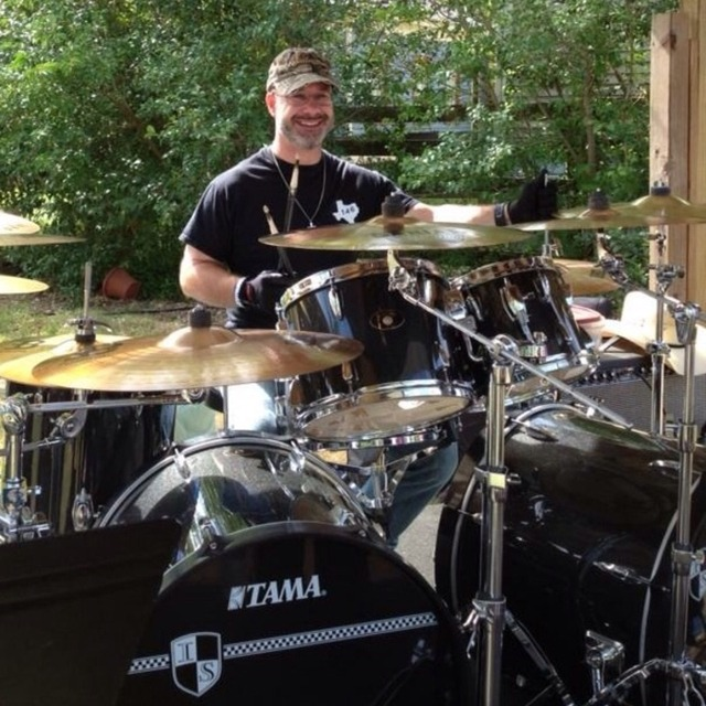 Drummer in search of band