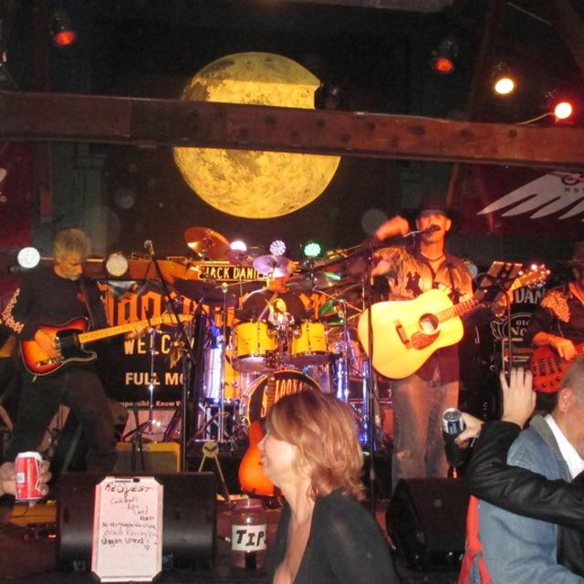 Saloonatix Band
