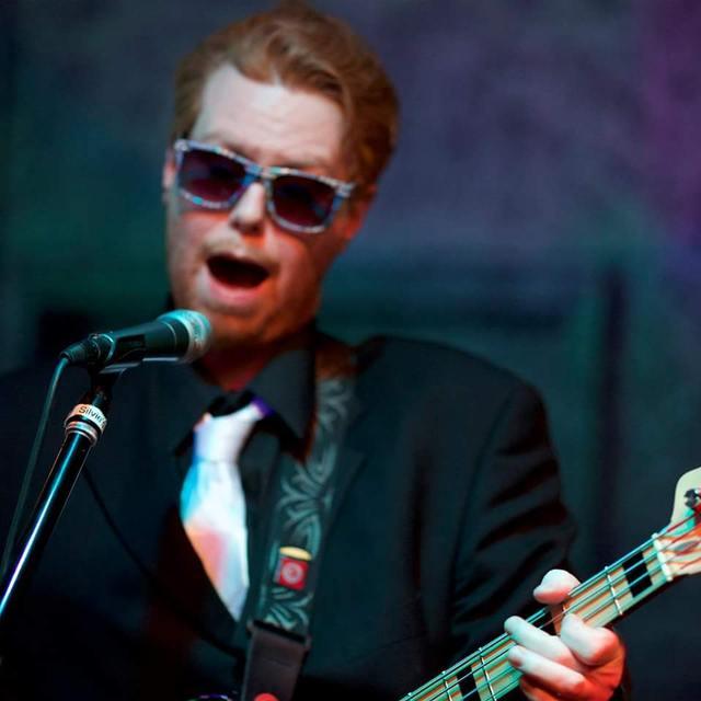 Nick-Rhythm-guitar-bass