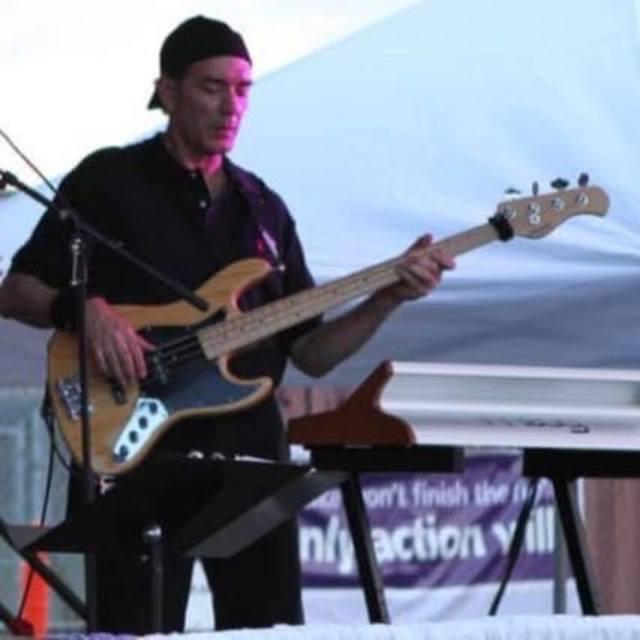 Lee W Bass