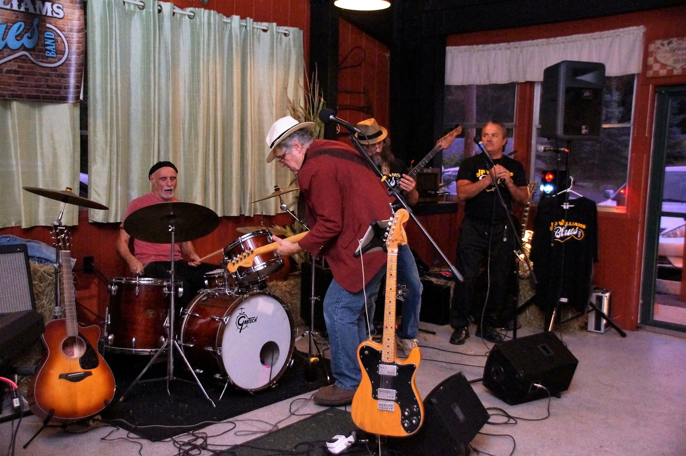 Front Porch Rockers Band In Forest City Pa Bandmix Com
