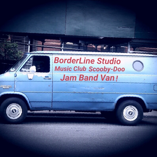 BorderLine Studio Music Club